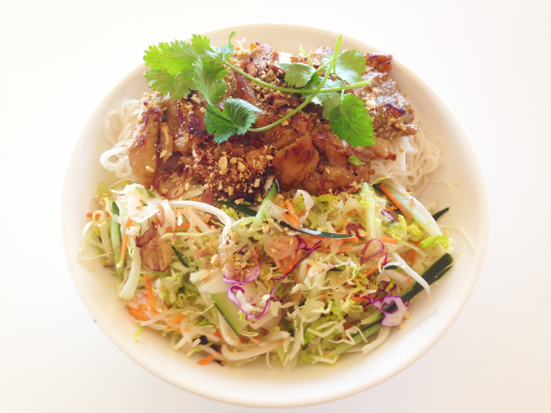 Grilled-Chicken-Vermicelli-Bowl